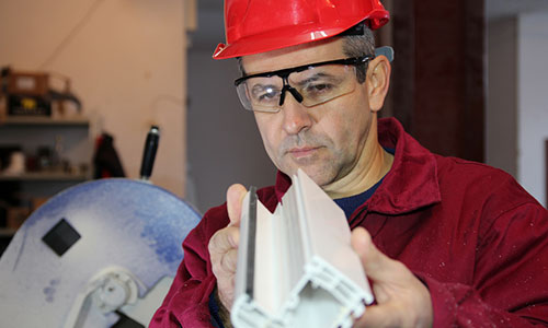 Image of a engineer inspects a product